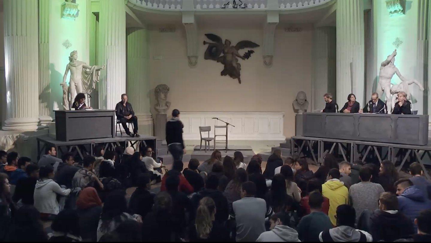 Teatro-del-Pratello-incontro-studenti-2015
